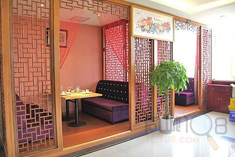 荷庄饭店的装修风格颇有几分江南园林的味道,很具有苏州特色.