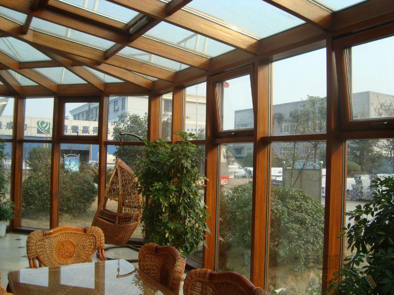 营业时间: 经营高档纯木,铝木复合门窗,阳光房,是高档别墅,排屋的流行