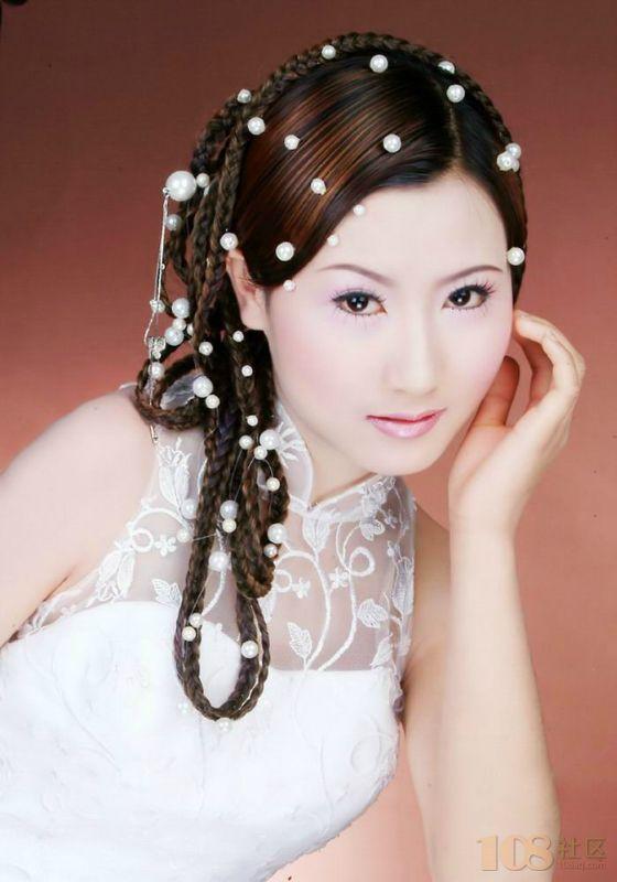 彩铅手绘古装新娘装