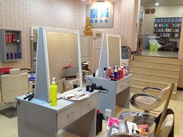 80平方理发店设计图展示